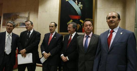 De izquierda a derecha, Díaz Fernández, Pérez-Roldán, G. Vilardell, Altisent, Campo y Gutiérrez